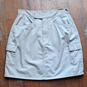 🌷2/$12 Fashion Bug skirt